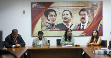 Instalan mesa de negociación de convención colectiva de trabajadores de la DEM