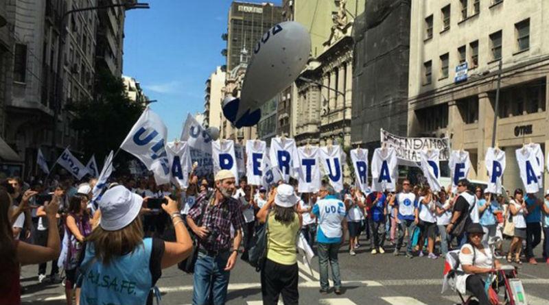 Paro-Argentina-990x460 (1)