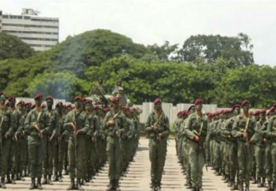 Padrino López: La democracia venezolana se ha revitalizado tras elección de la Constituyente