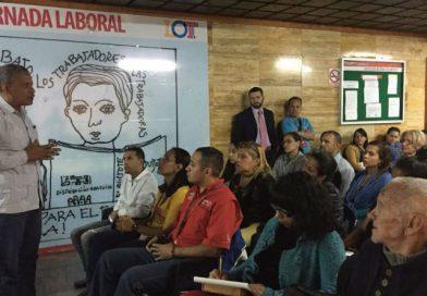 Ministro Ovalles inaugura espacio de Cine-Foro para rescatar la versión de la clase obrera