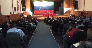 Ministro Eduardo Piñate estableció reunión con organizaciones sindicales del sector privado