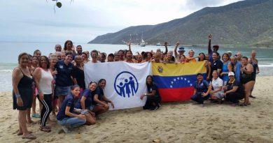 Jubilados y Pensionados del IVSS disfrutaron del paisaje en Bahía de Turiamo