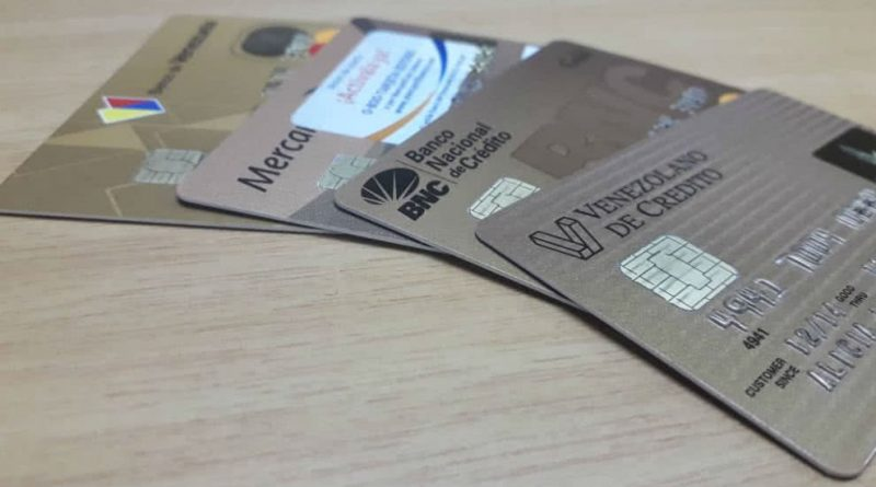 Sudeban establece nuevos límites para financiamientos con tarjetas de crédito y monto diario para operaciones en puntos de venta