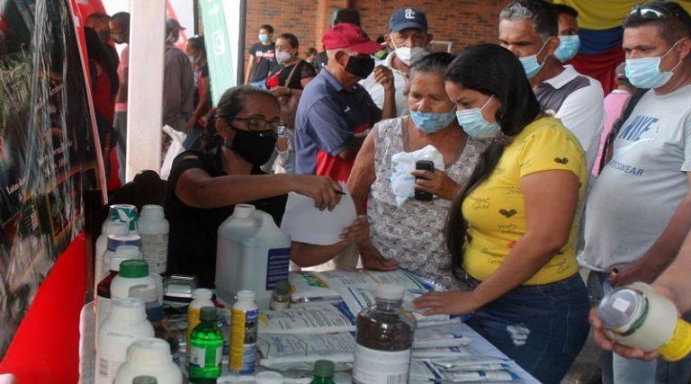 Atendidos más de 150 productores en III Expo Venta de Fertilizantes en Carabobo